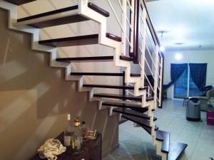 Wrought iron zig-zag white hand railing  - General Metal Works Malta